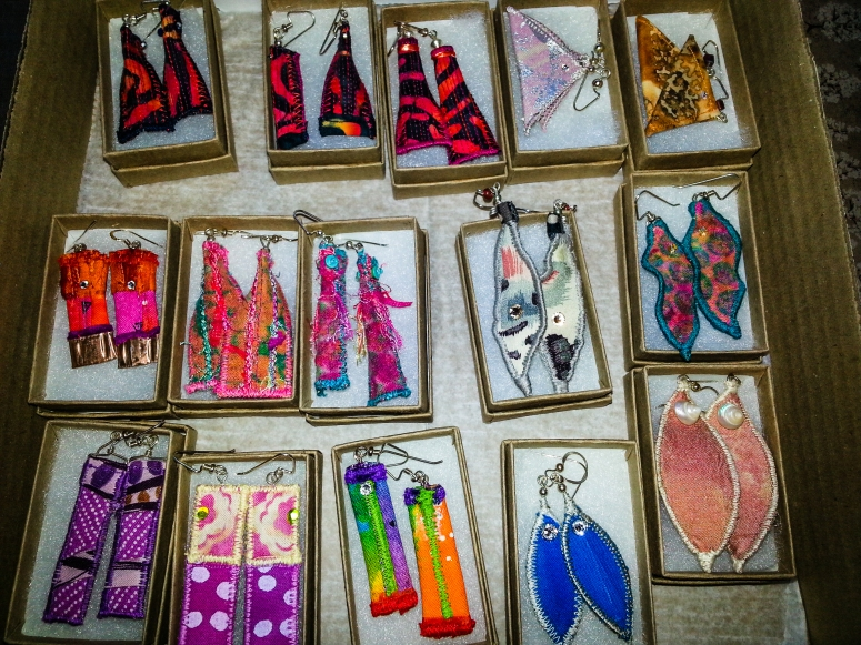 Earrings to be delivered today (1 of 1)