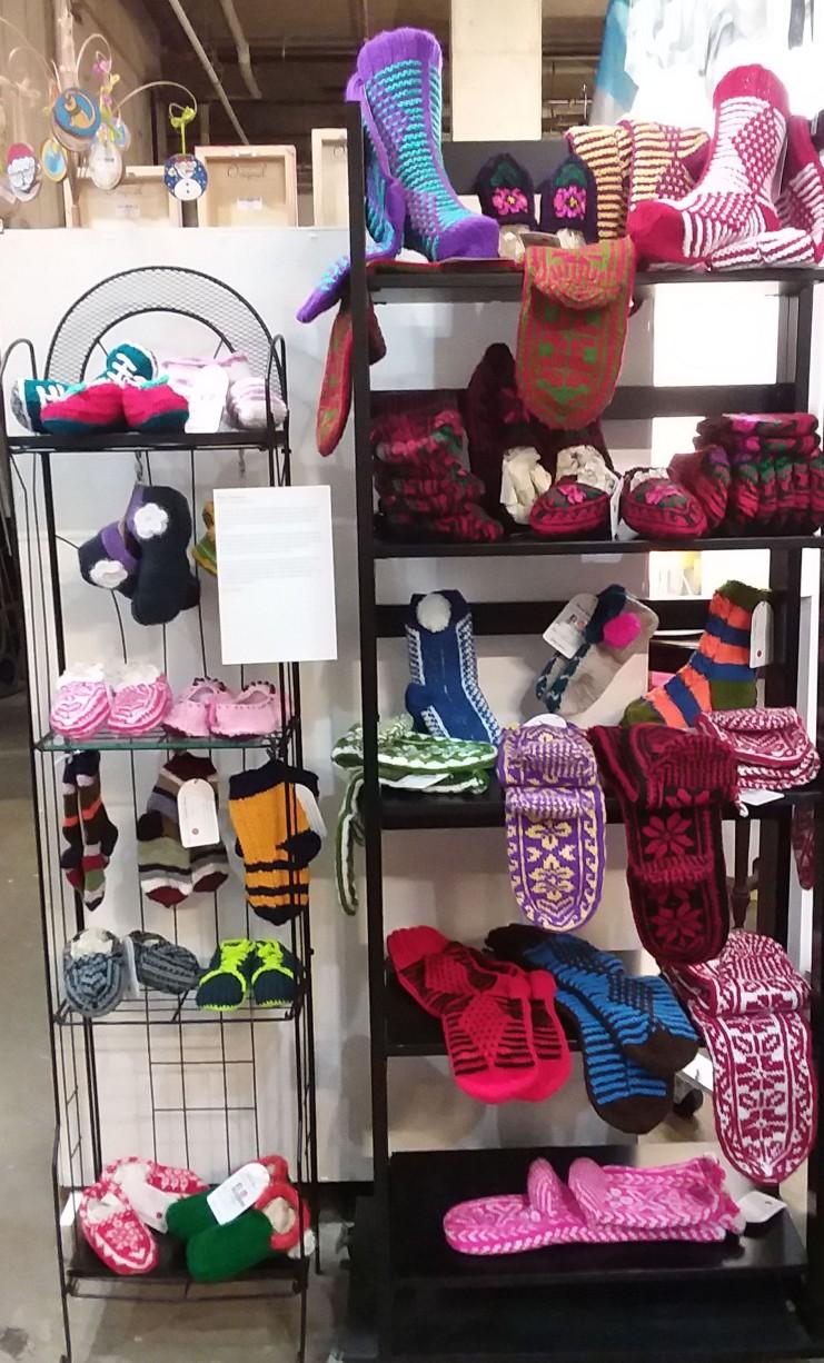 Alexa Shabrabina Knitted Gifties